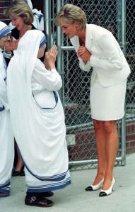 Diana-and-Mother-Teresa-princess-diana-18089094-1305-2048